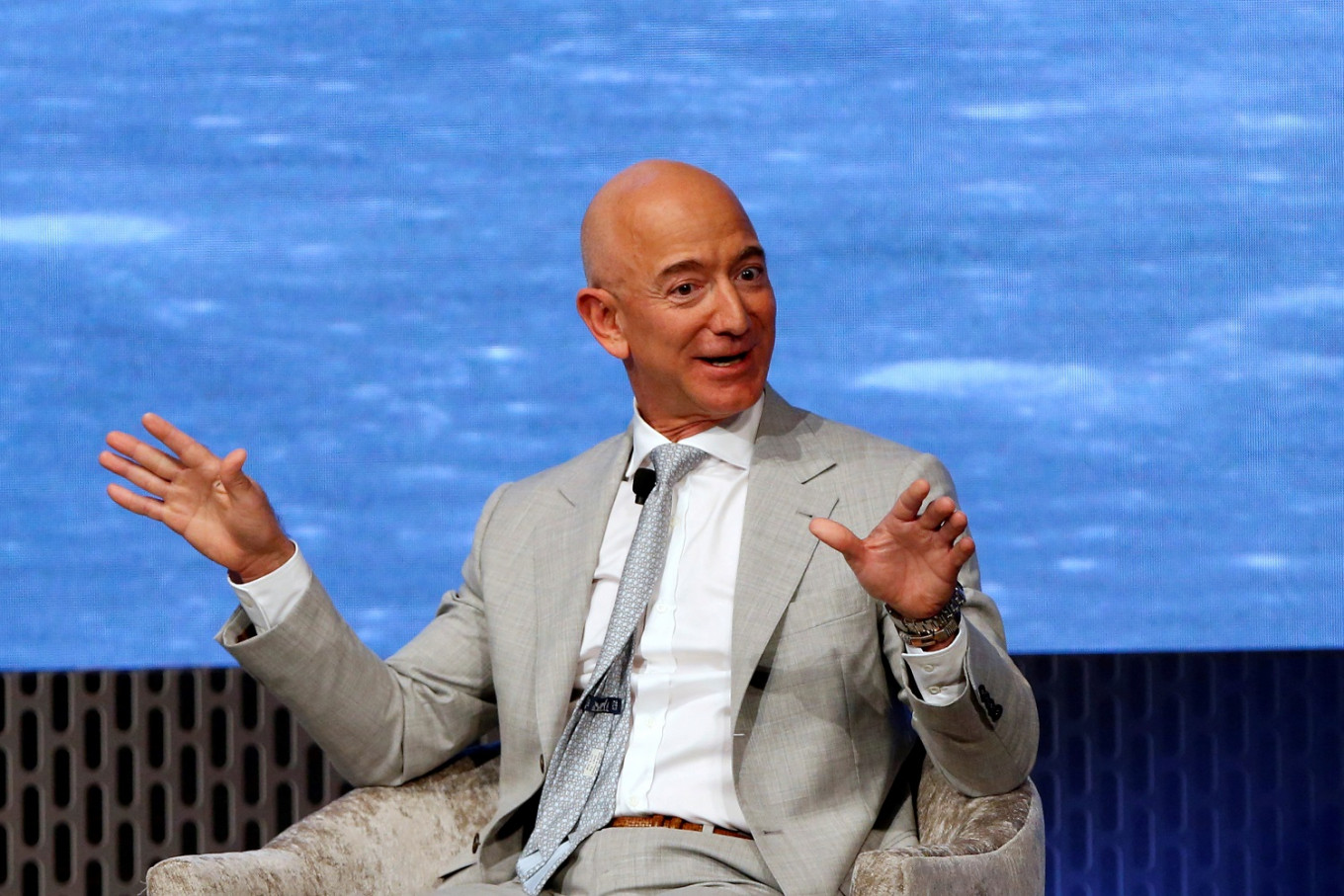 Jeff Bezos Resigns: Read Between the Lines
