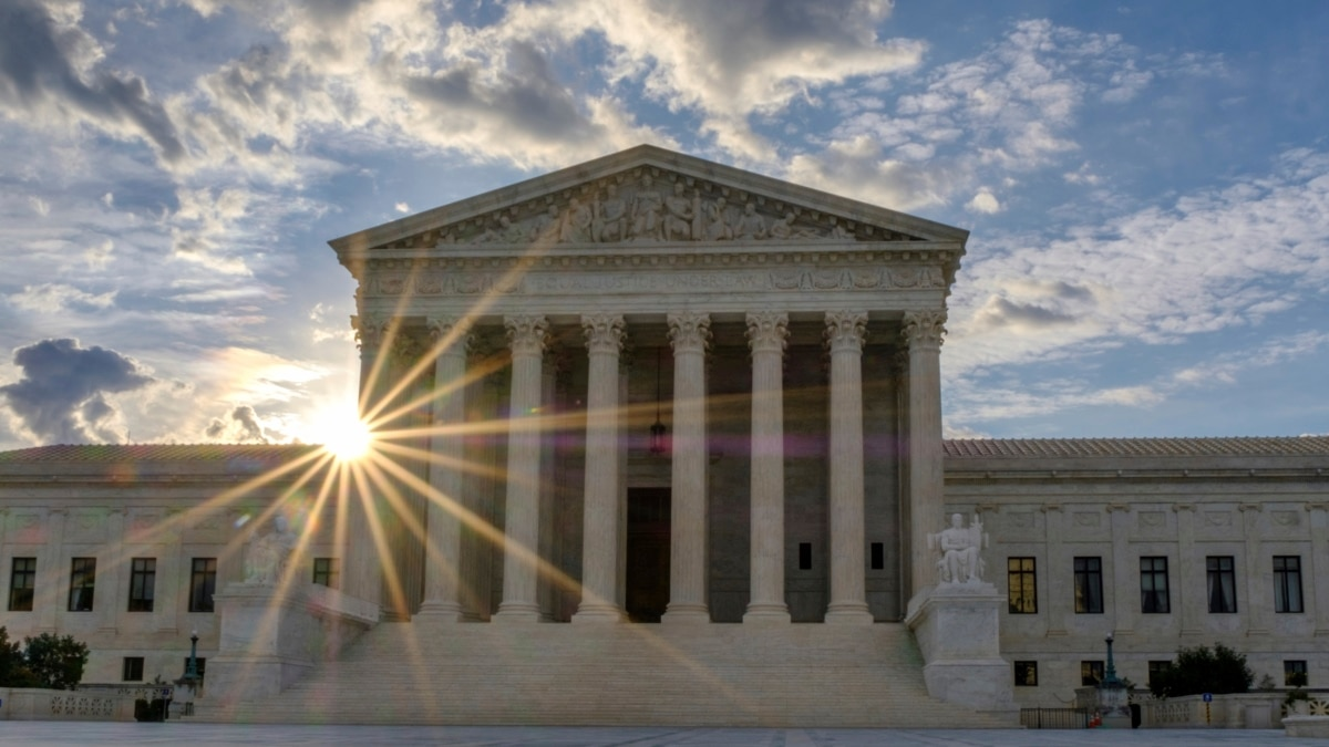 Justices Kavanaugh, Coney-Barrett and Roberts Join Liberal Supreme Court Justices Who REFUSED To Review PA Election Cases